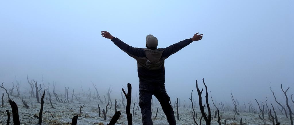 Sendiri Dalam Kabut